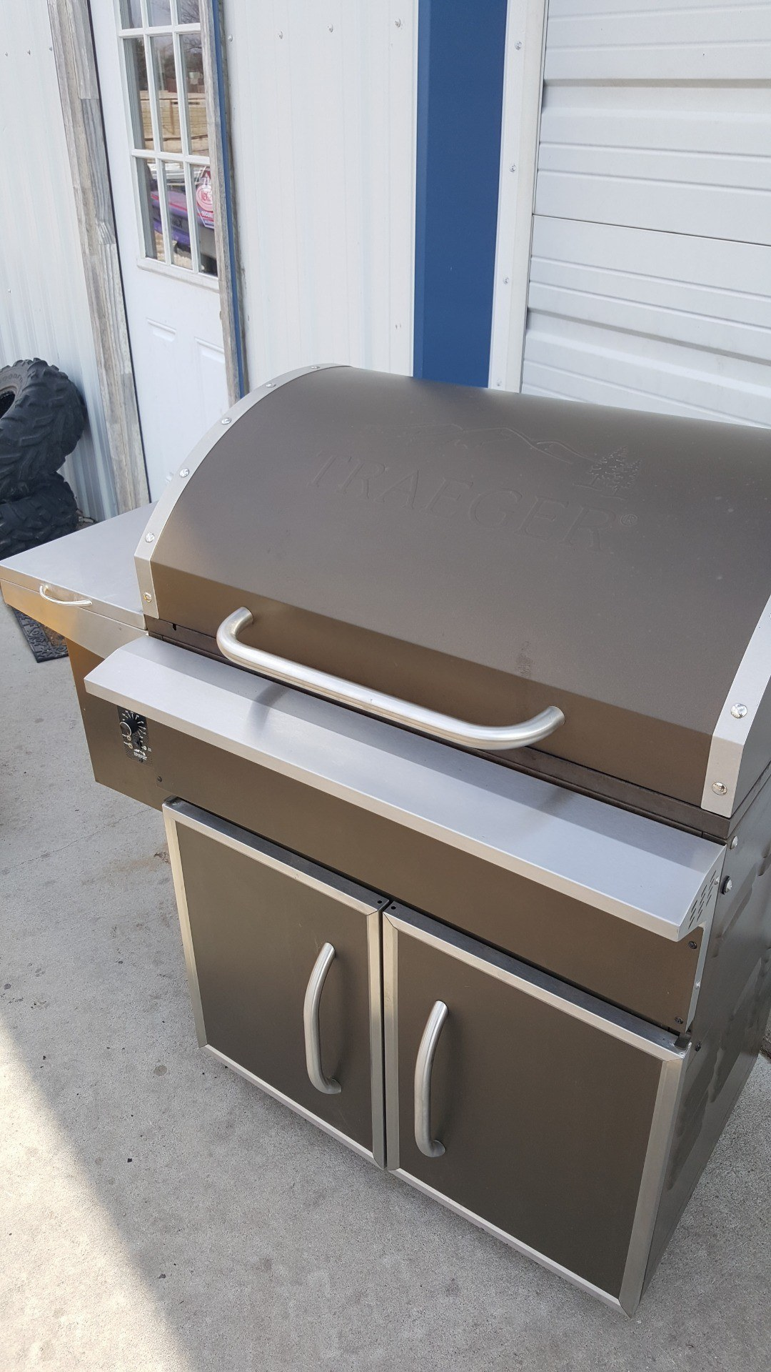 2017 Traeger Grill SELECT PRO GRILL in Russell, Kansas