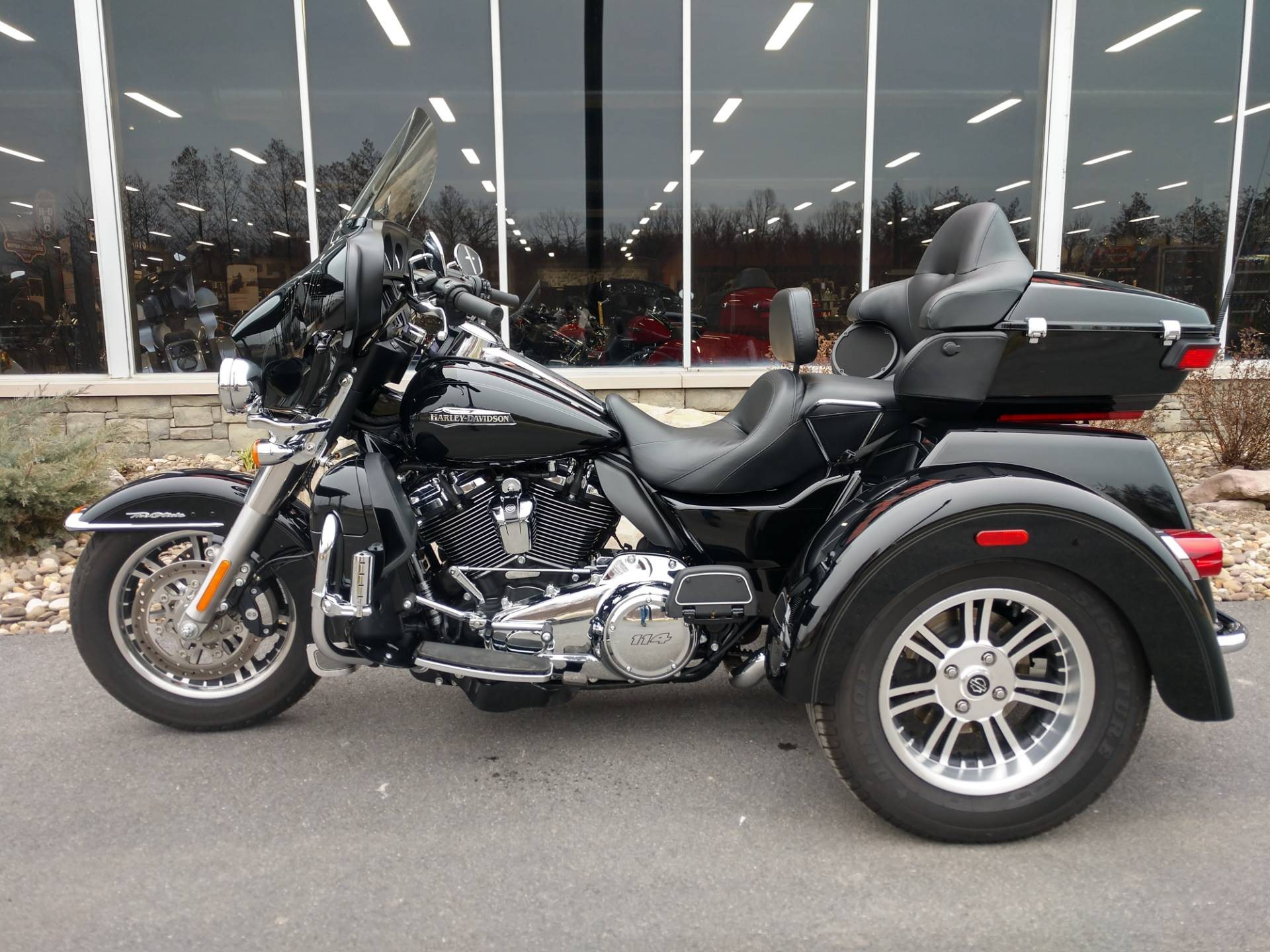 2019 Harley-Davidson Tri Glide® Ultra in Duncansville, Pennsylvania - Photo 6