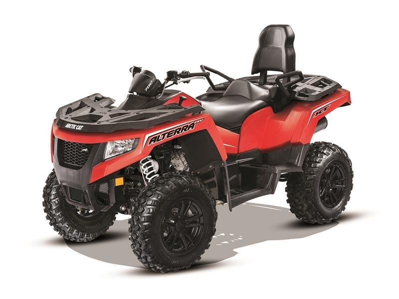 2017 Arctic Cat Alterra TRV 700 XT Vibrant Red in Hamburg, New York