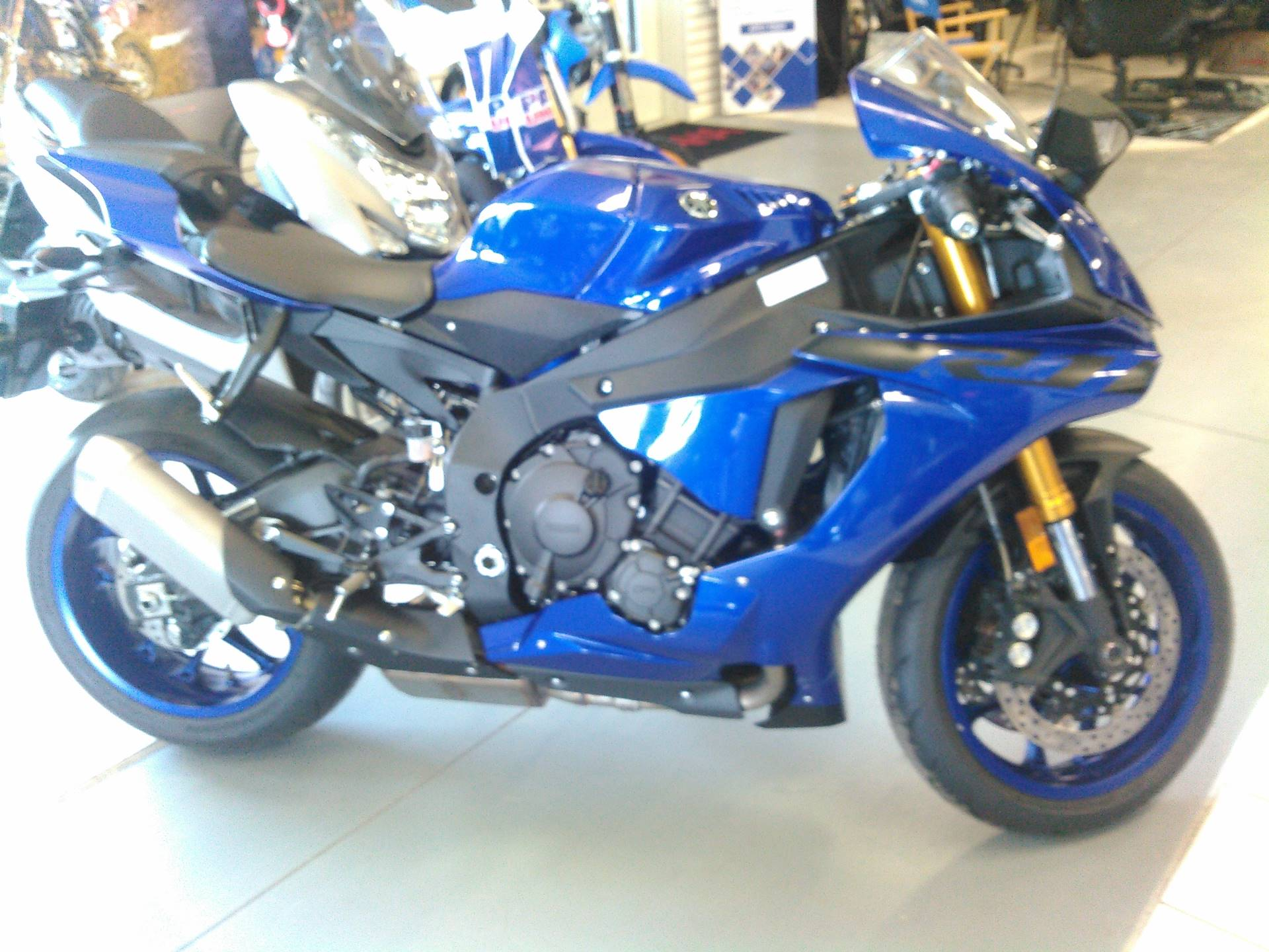 2018 Yamaha YZF-R1 in Johnson Creek, Wisconsin - Photo 4