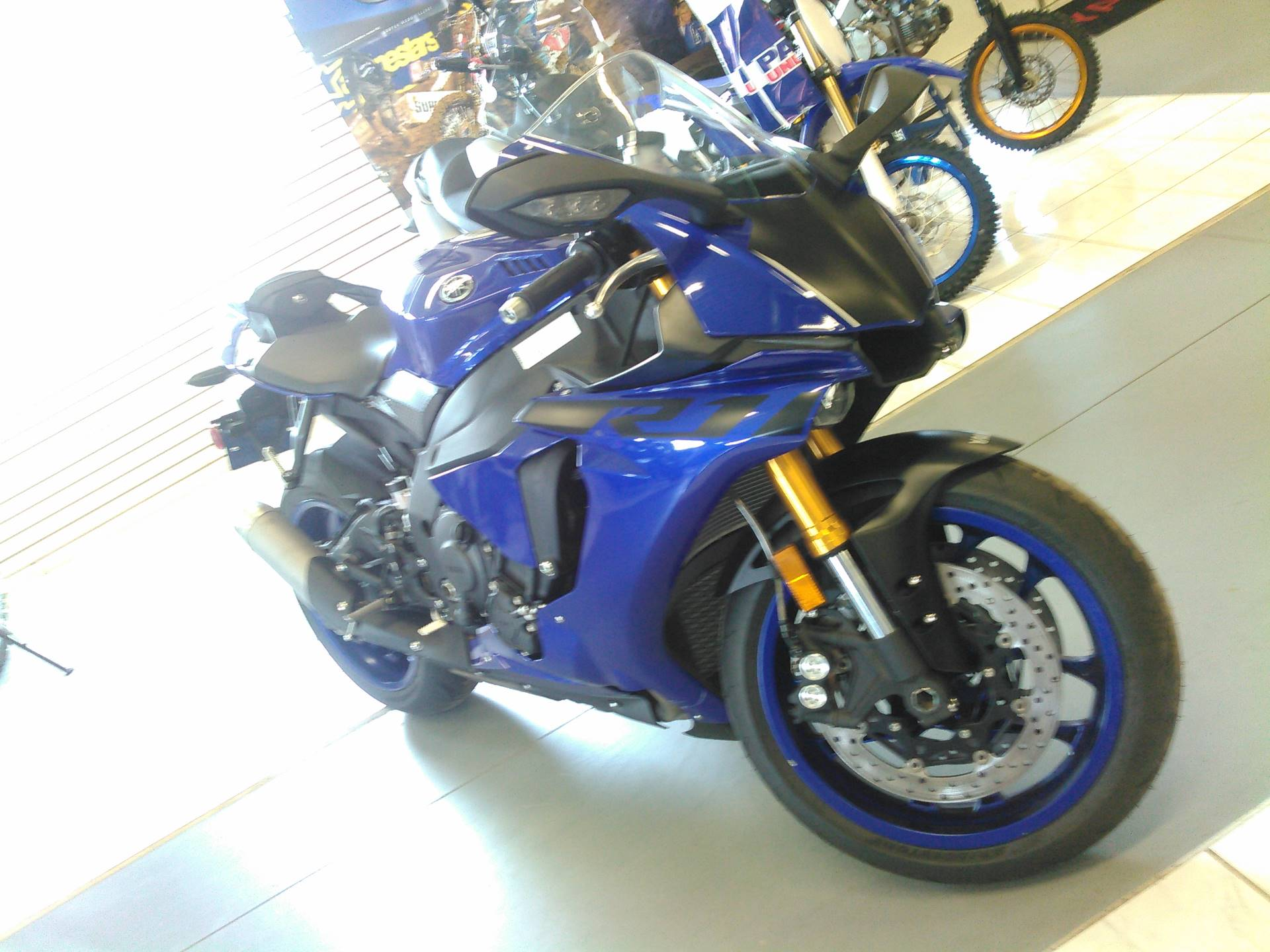 2018 Yamaha YZF-R1 in Johnson Creek, Wisconsin - Photo 5