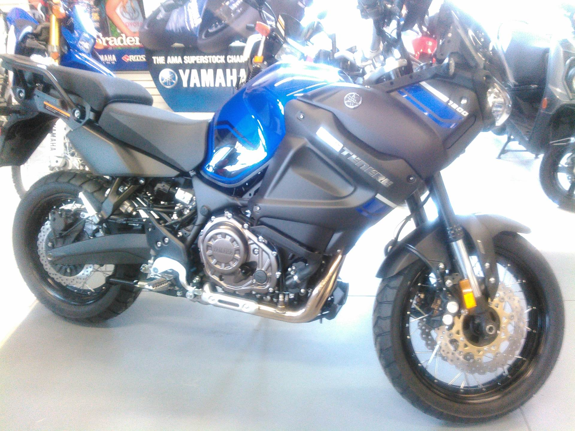 2018 Yamaha Super Ténéré ES in Johnson Creek, Wisconsin