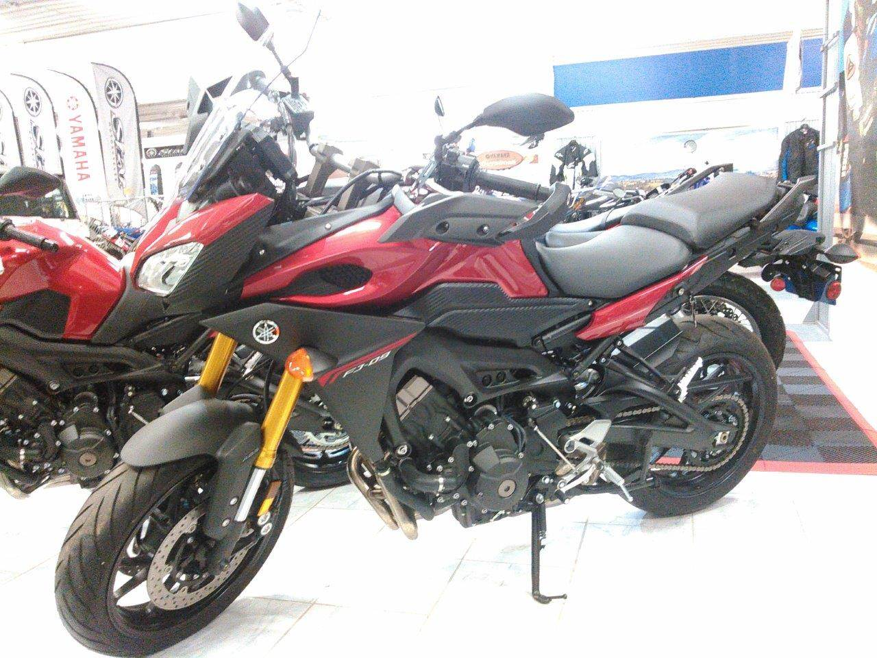 2015 Yamaha FJ-09 in Johnson Creek, Wisconsin - Photo 1