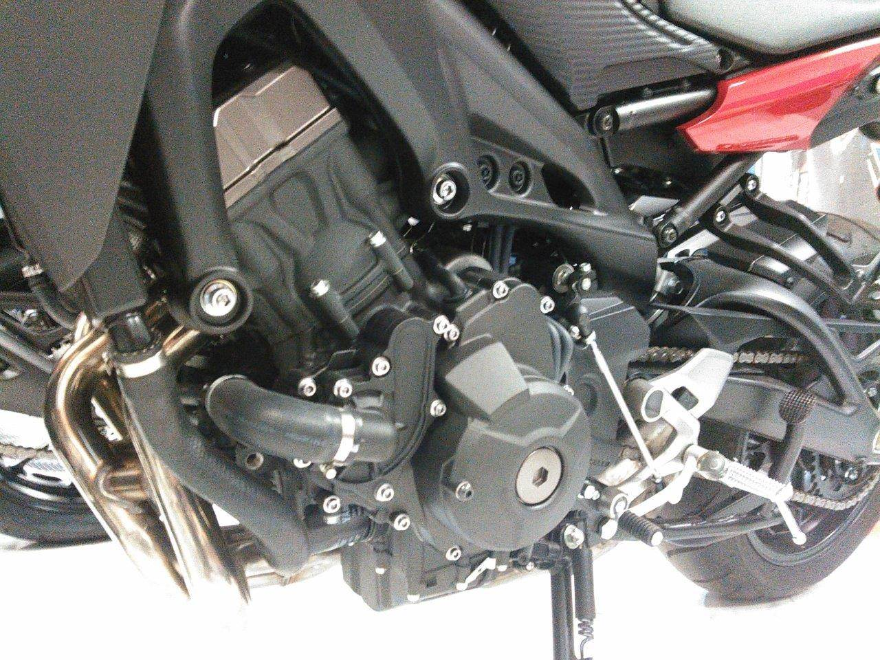 2015 Yamaha FJ-09 in Johnson Creek, Wisconsin - Photo 2
