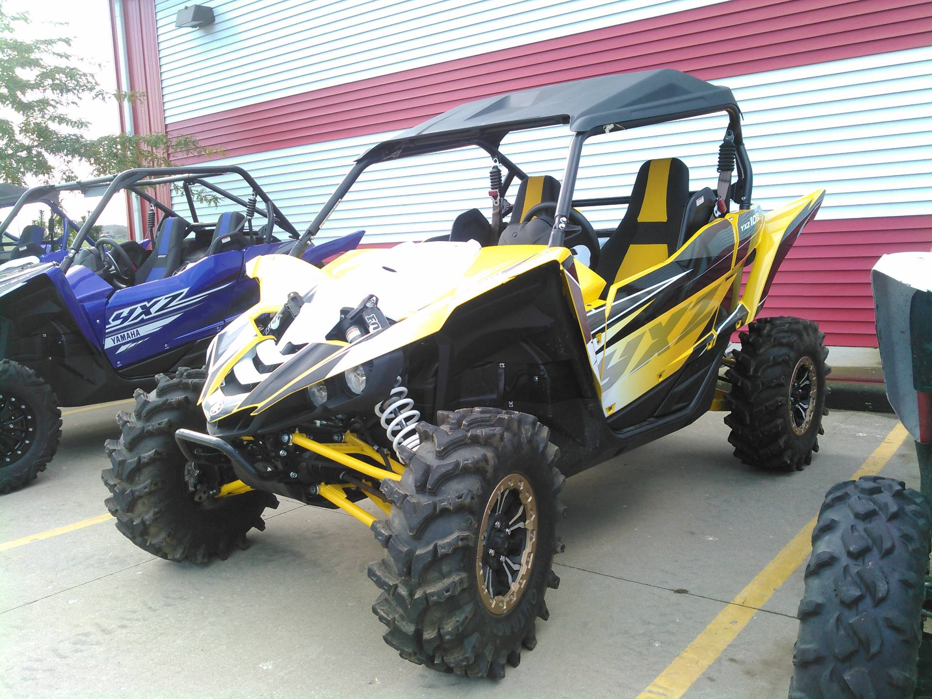 2016 Yamaha YXZ1000R SE in Johnson Creek, Wisconsin - Photo 1