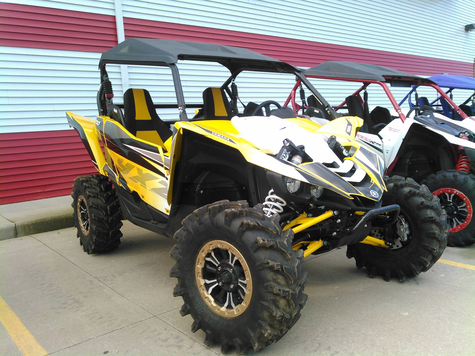2016 Yamaha YXZ1000R SE in Johnson Creek, Wisconsin - Photo 2
