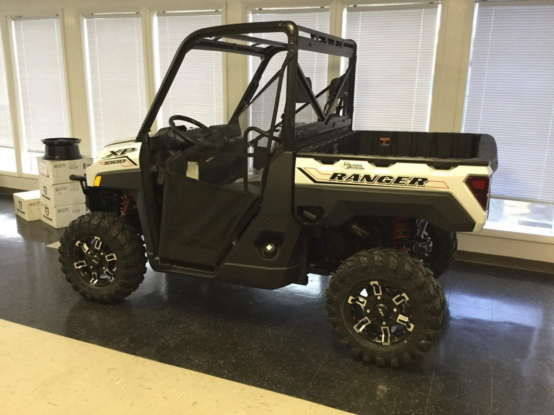 2021 Polaris Ranger XP 1000 Premium in Marietta, Ohio - Photo 2