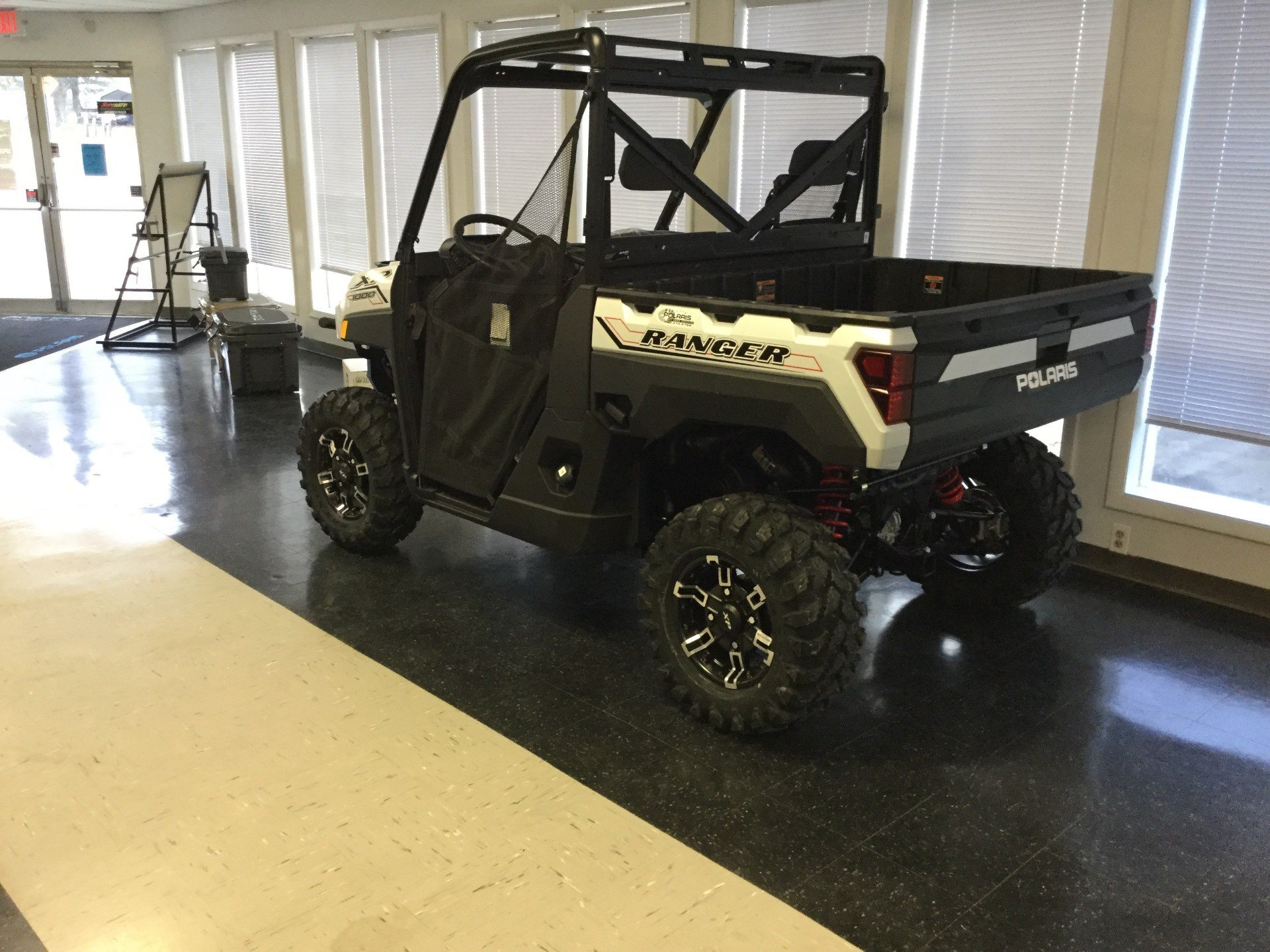 2021 Polaris Ranger XP 1000 Premium in Marietta, Ohio - Photo 3