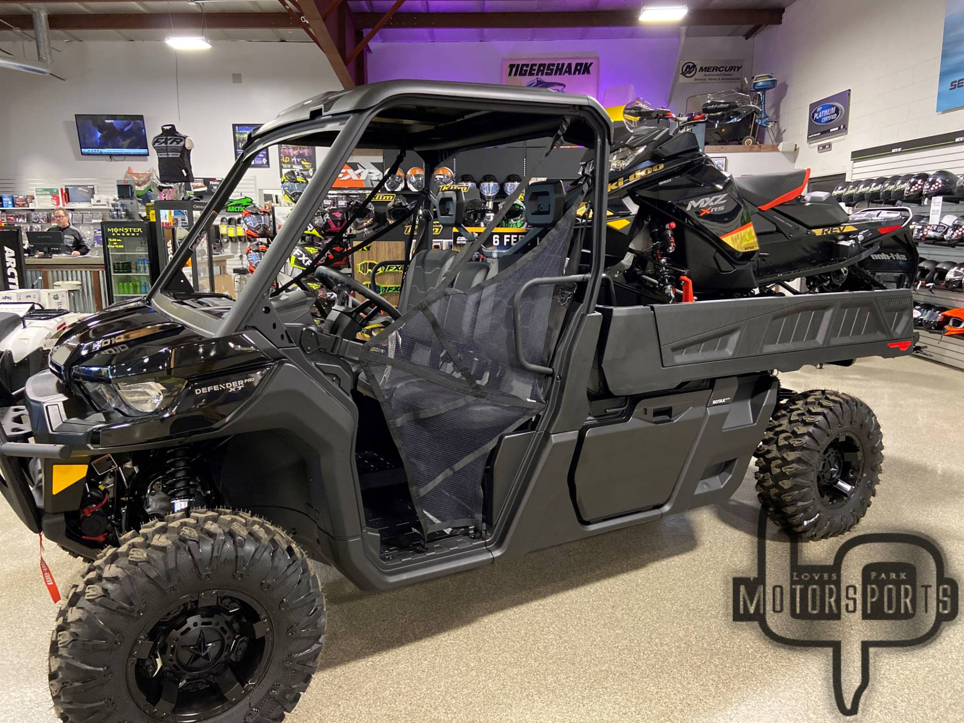 2020 Can-Am Defender Pro XT HD10 in Roscoe, Illinois - Photo 1