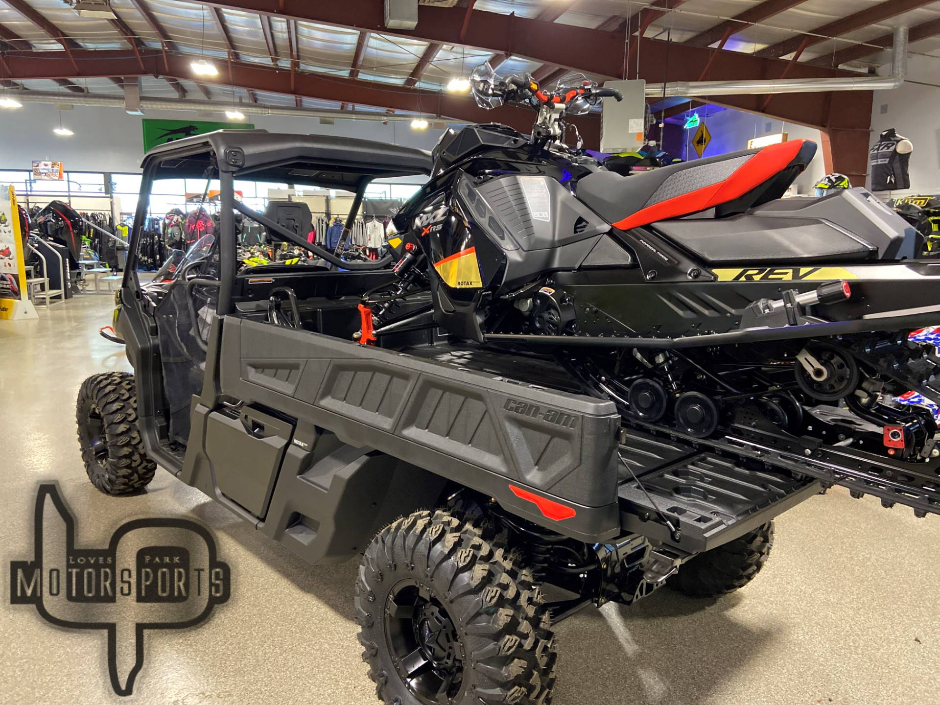 2020 Can-Am Defender Pro XT HD10 in Roscoe, Illinois - Photo 4