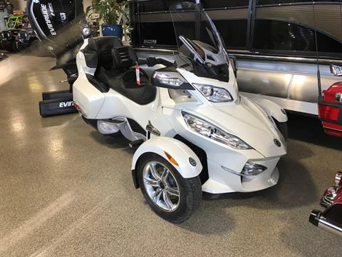2011 Can-Am Spyder® RT Limited in Roscoe, Illinois