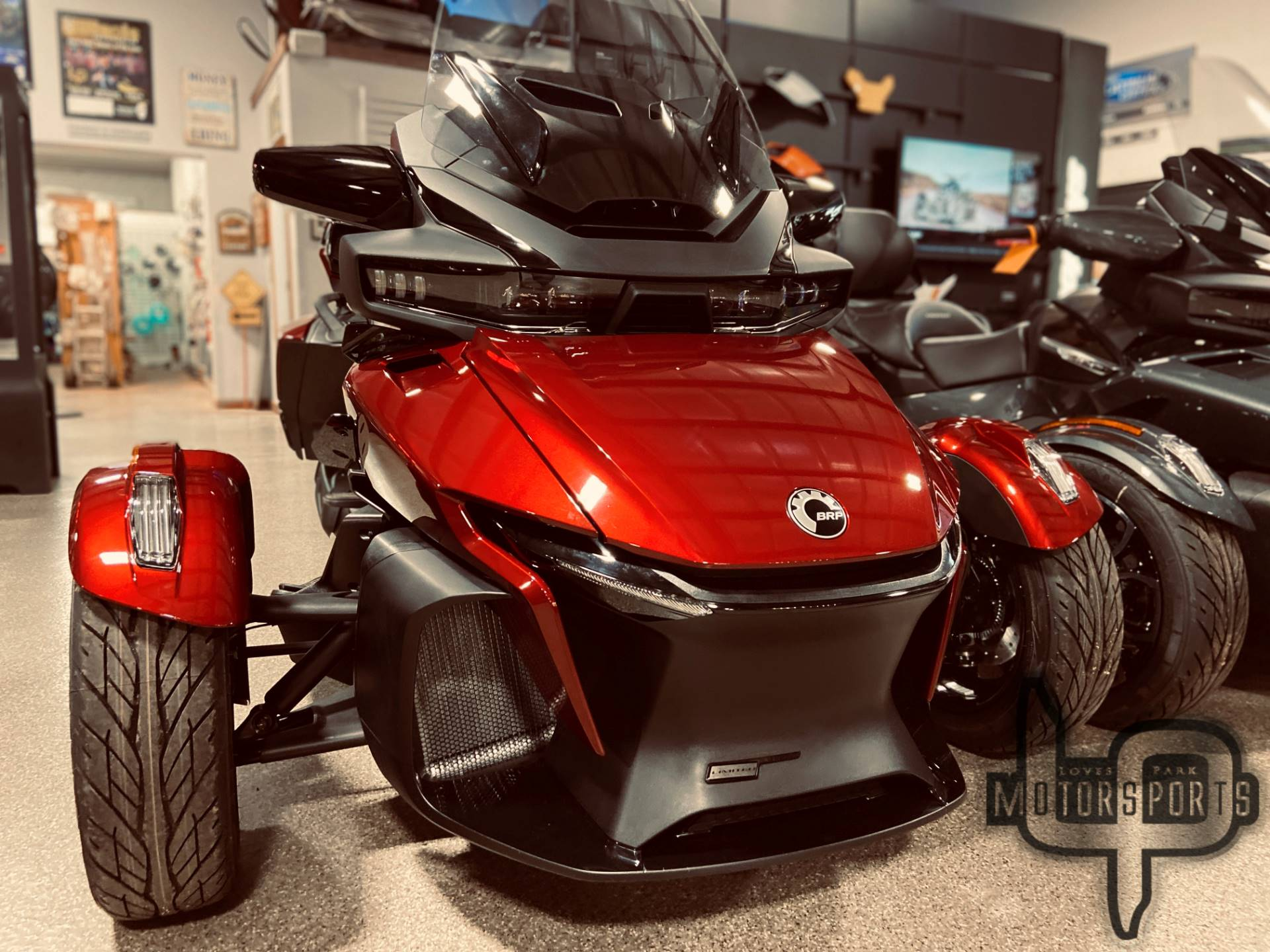 2021 Can-Am Spyder RT Limited in Roscoe, Illinois - Photo 2
