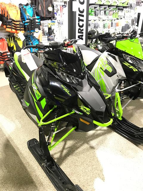 2018 Arctic Cat ZR 9000 Sno Pro 137 in Roscoe, Illinois
