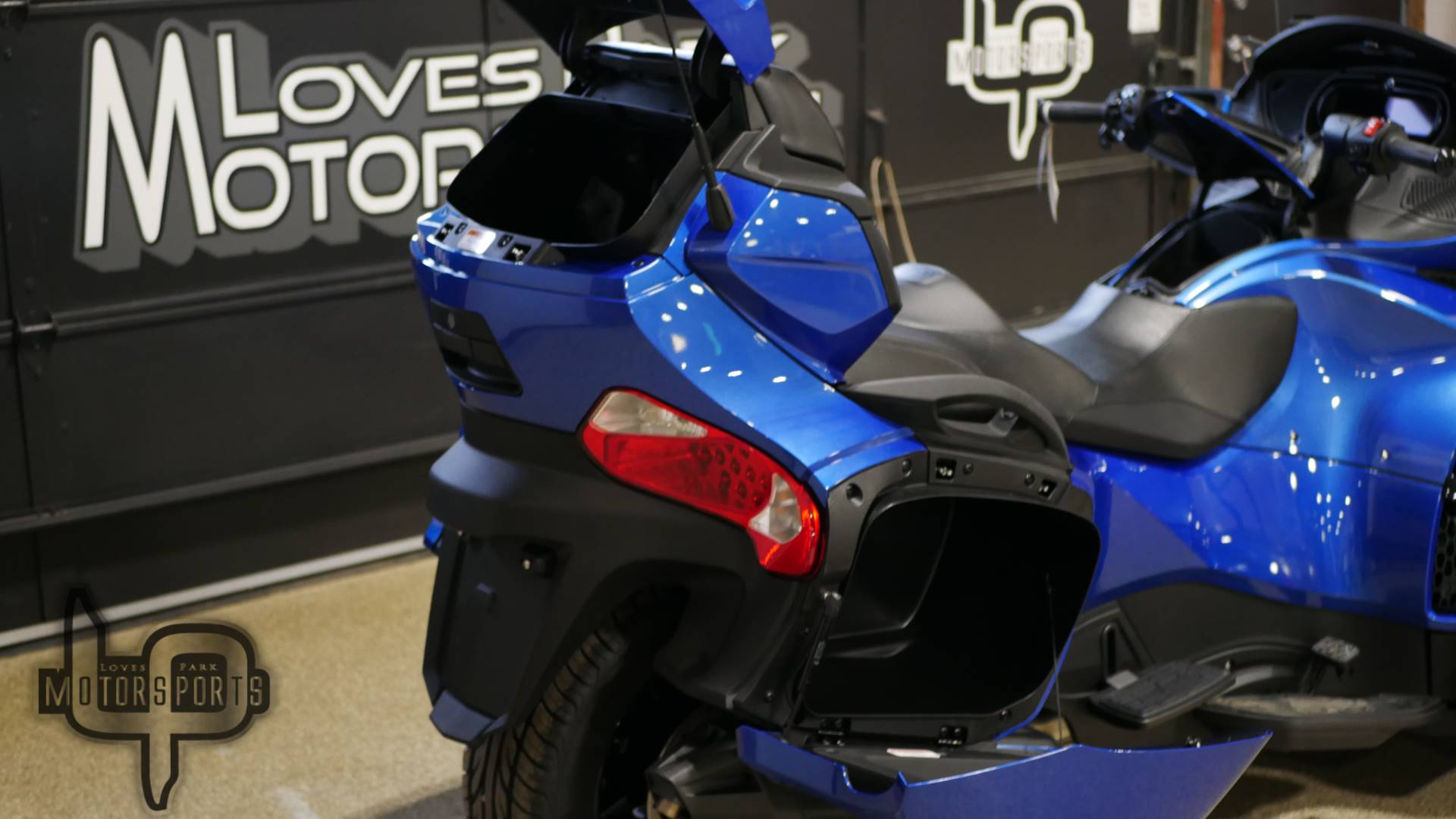 2019 Can-Am Spyder RT Limited in Roscoe, Illinois - Photo 3