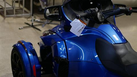 2019 Can-Am Spyder RT Limited in Roscoe, Illinois - Photo 8