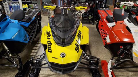 2020 Ski-Doo MXZ TNT 600R E-TEC ES Ripsaw 1.25 in Roscoe, Illinois - Photo 2
