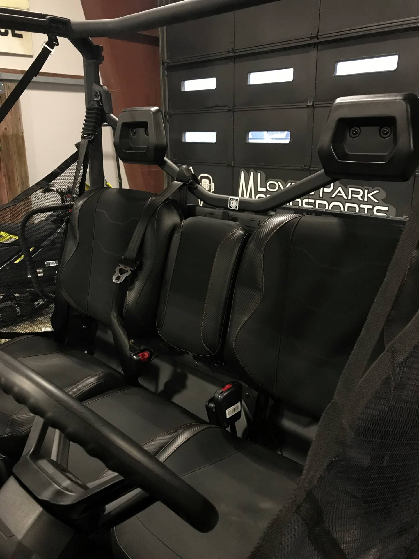 2018 Can-Am Defender XT-P HD10 in Roscoe, Illinois