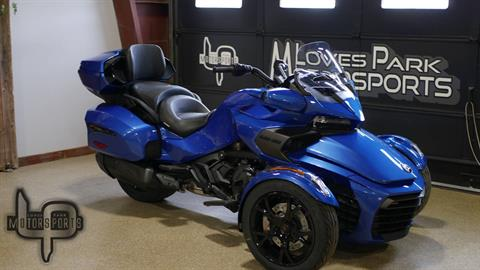2019 Can-Am Spyder F3 Limited in Roscoe, Illinois - Photo 2