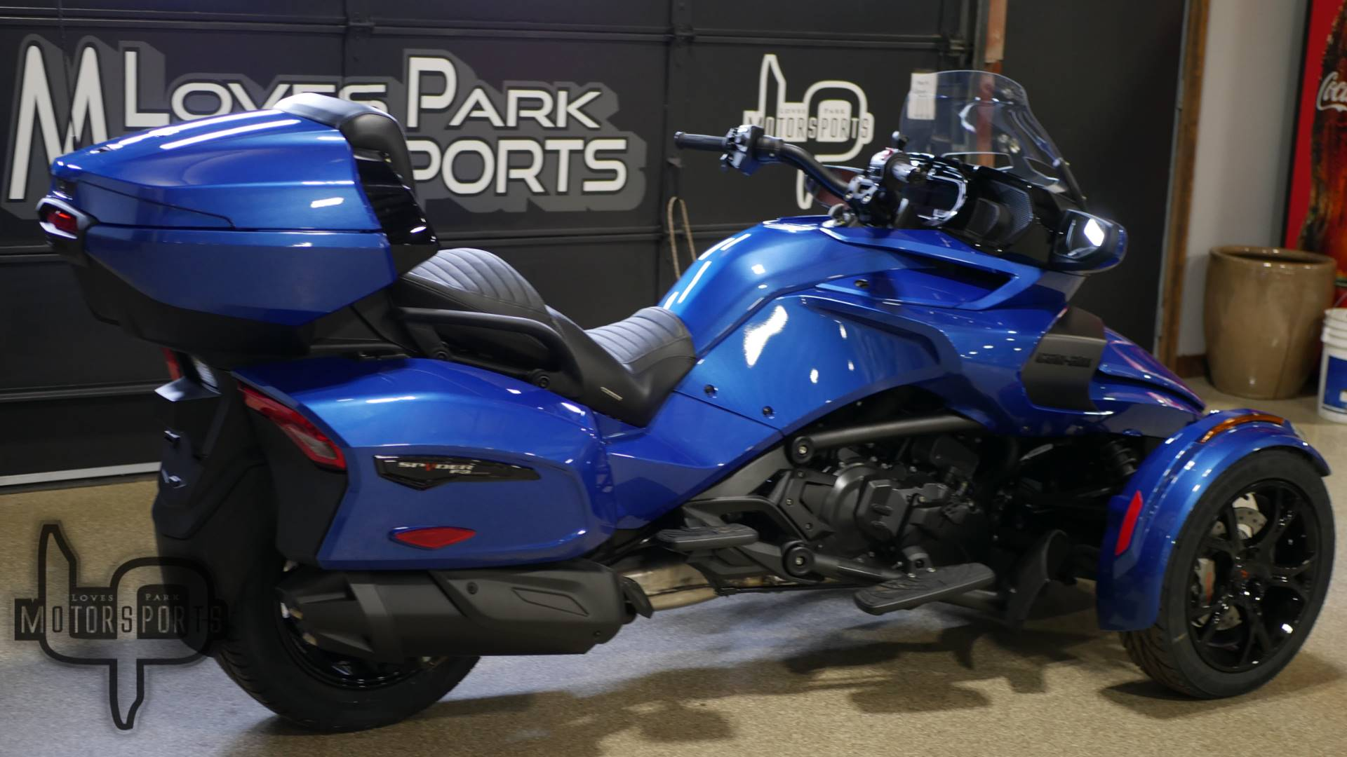 2019 Can-Am Spyder F3 Limited in Roscoe, Illinois - Photo 3