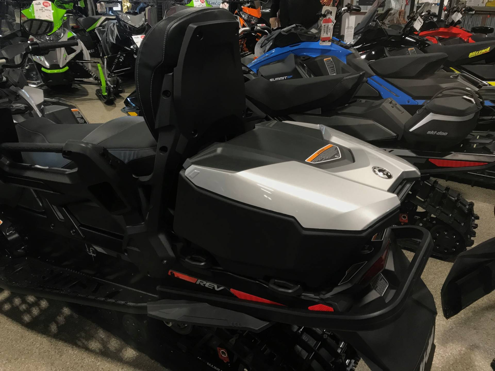 2019 Ski-Doo Grand Touring Limited 900 ACE Turbo in Roscoe, Illinois