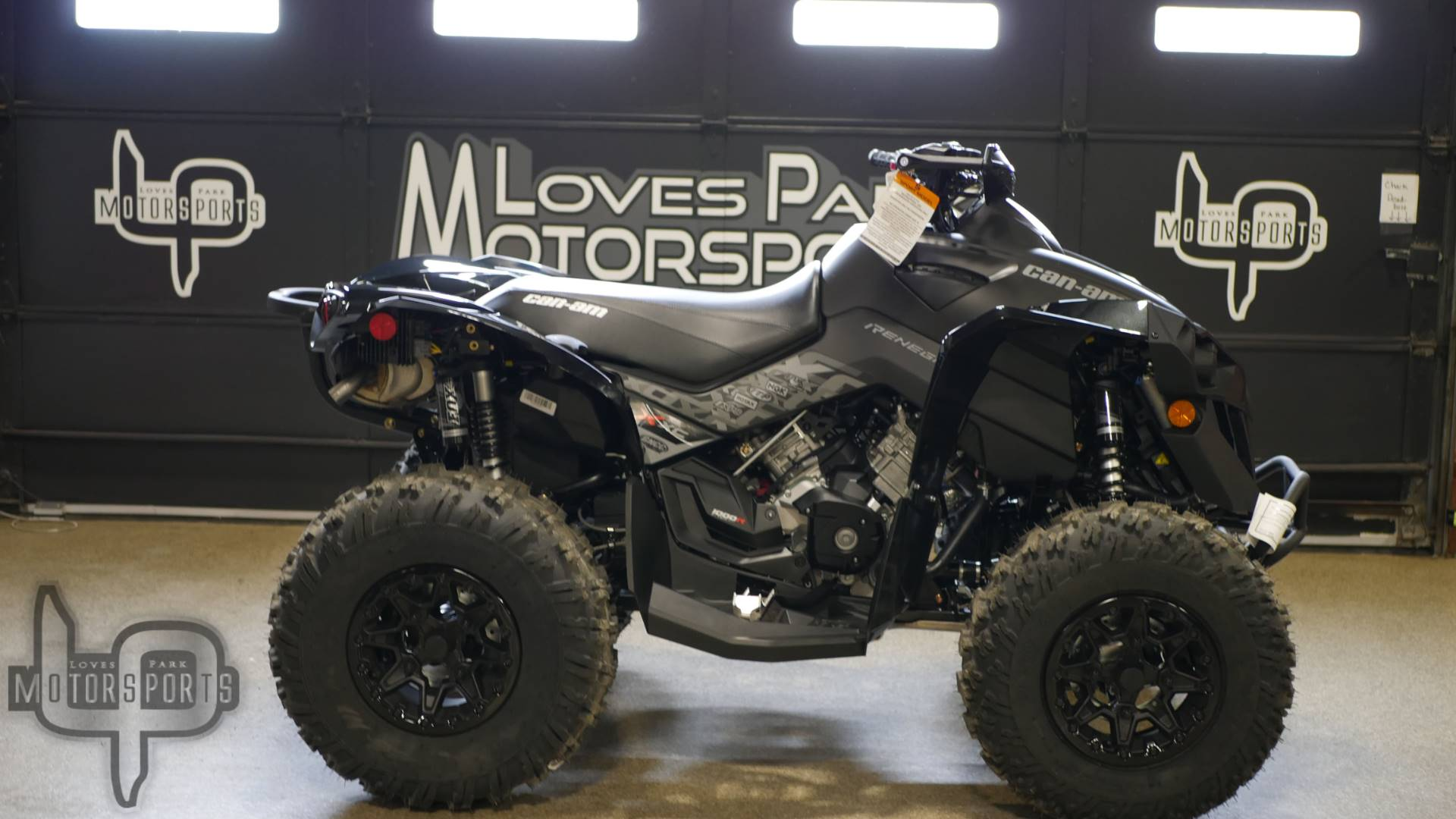 2019 Can-Am Renegade X xc 1000R in Roscoe, Illinois - Photo 1