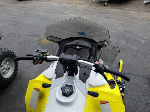 2015 Ski-Doo MX Z® TNT™ E-TEC® 800R in Roscoe, Illinois