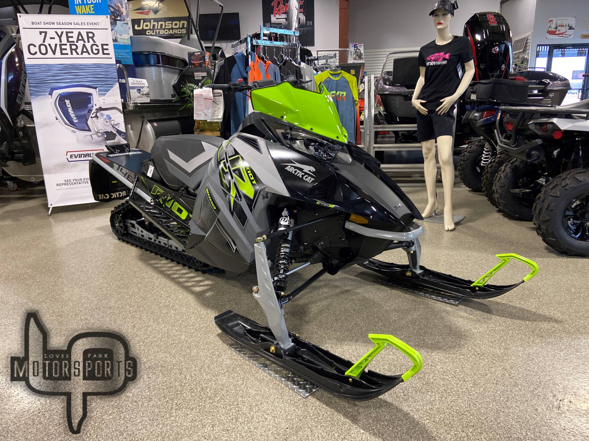 2021 Arctic Cat Riot 8000 QS3 1.60 ES in Roscoe, Illinois - Photo 1