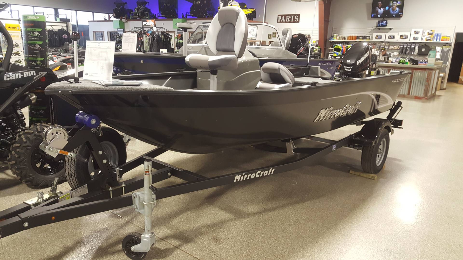 2017 MirroCraft 165 TROLLER SERIES 16' SIDE CONSOLE in Roscoe, Illinois