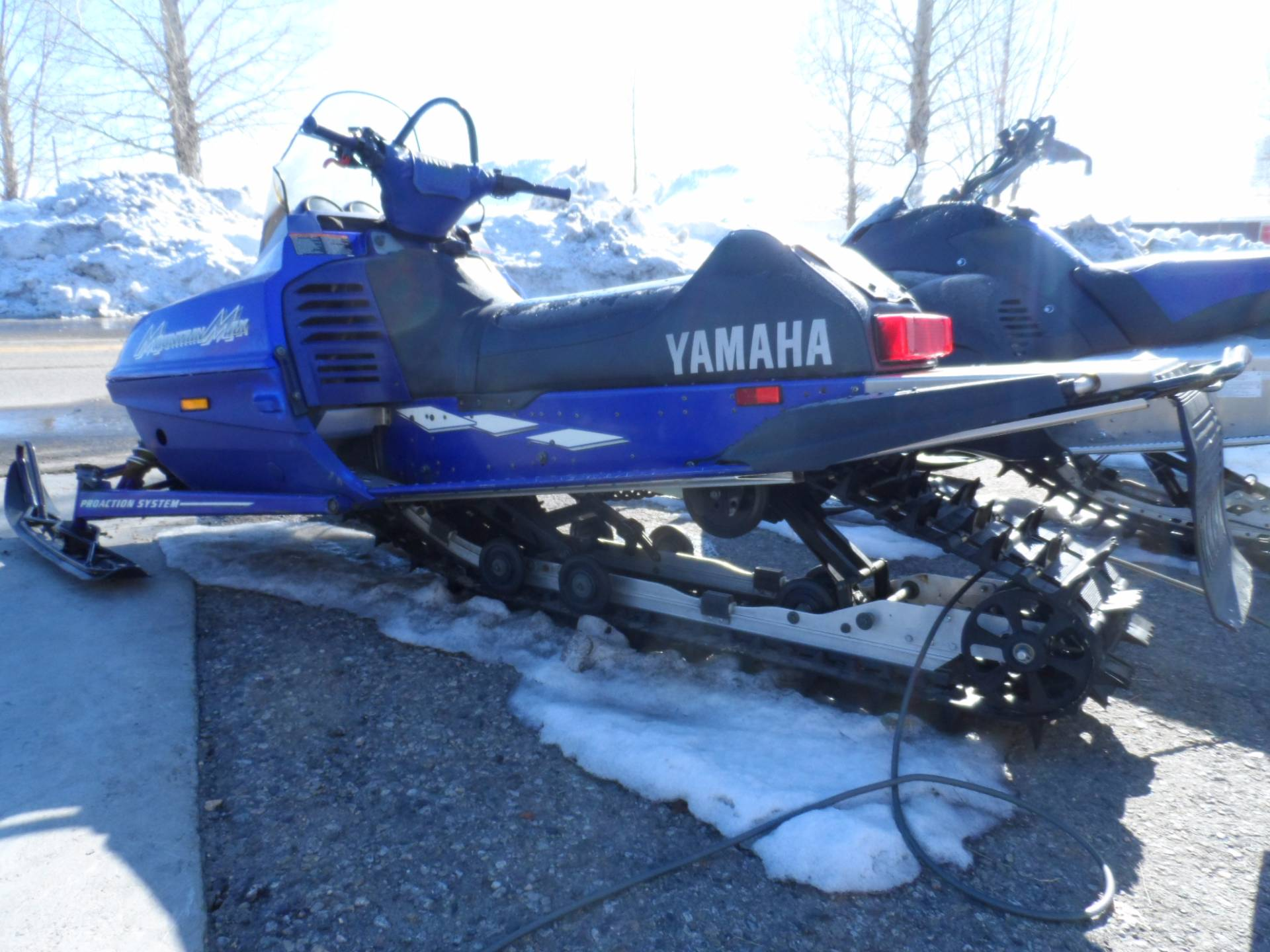 2000 Yamaha Mountain Max 700 in Gunnison, Colorado