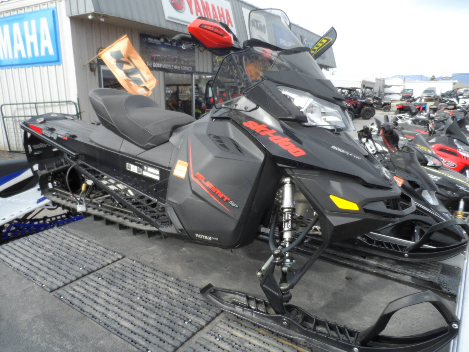 2015 Ski-Doo Summit® SP 154 800R E-TEC® E.S. in Gunnison, Colorado