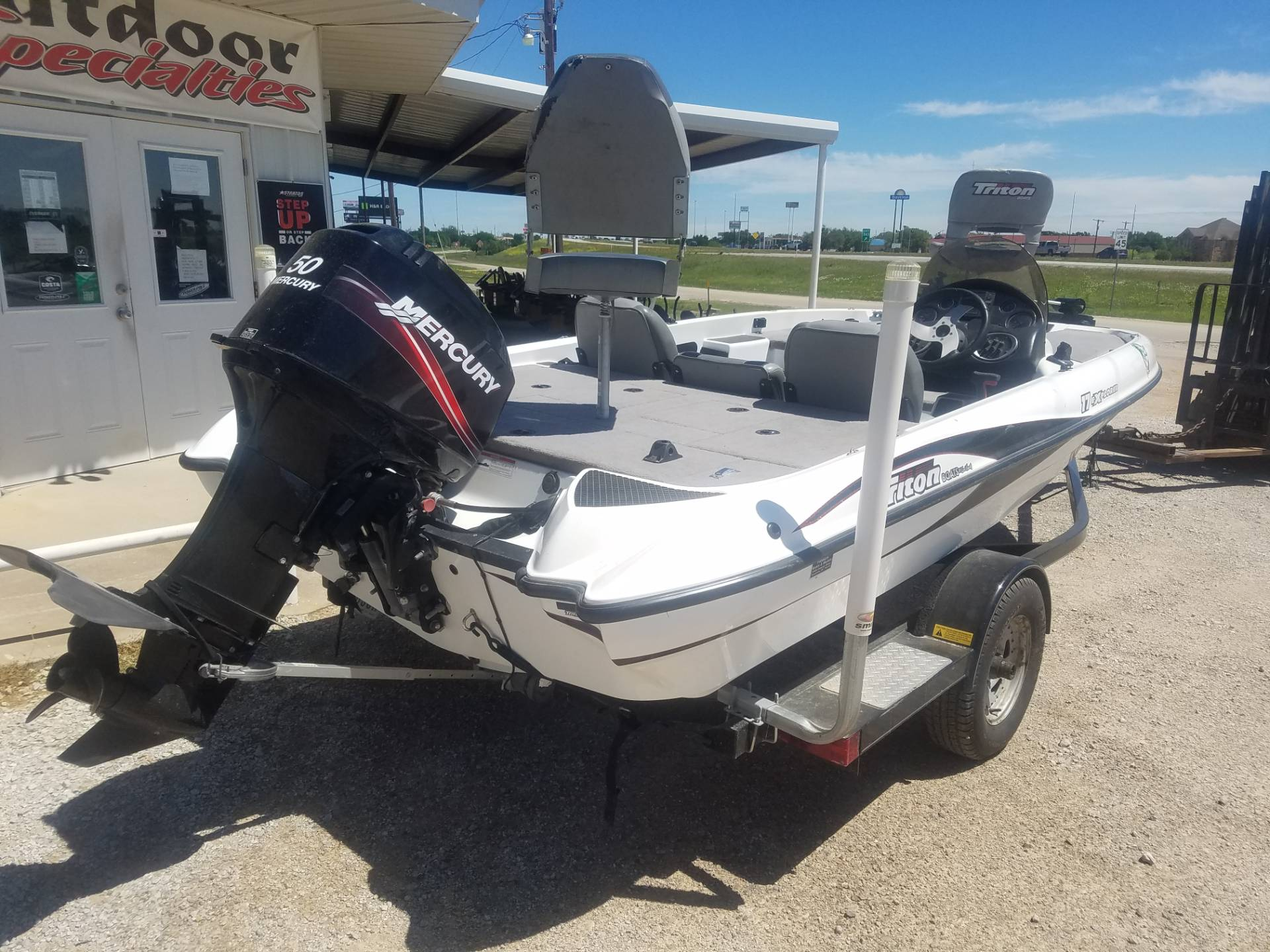 2008 Triton 17 Explorer in Eastland, Texas - Photo 2