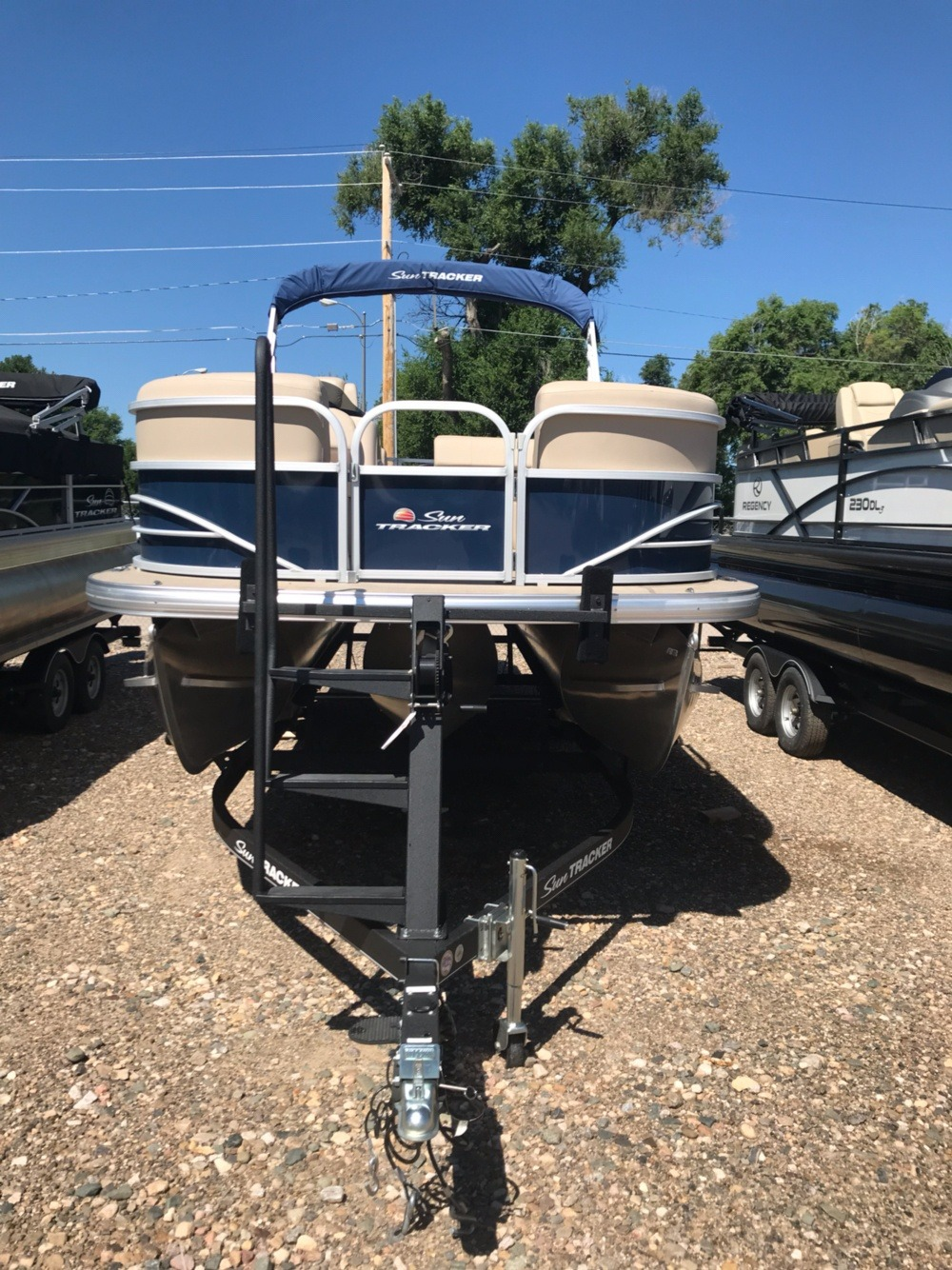 2019 Sun Tracker Party Barge 22 XP3 in Rapid City, South Dakota - Photo 1
