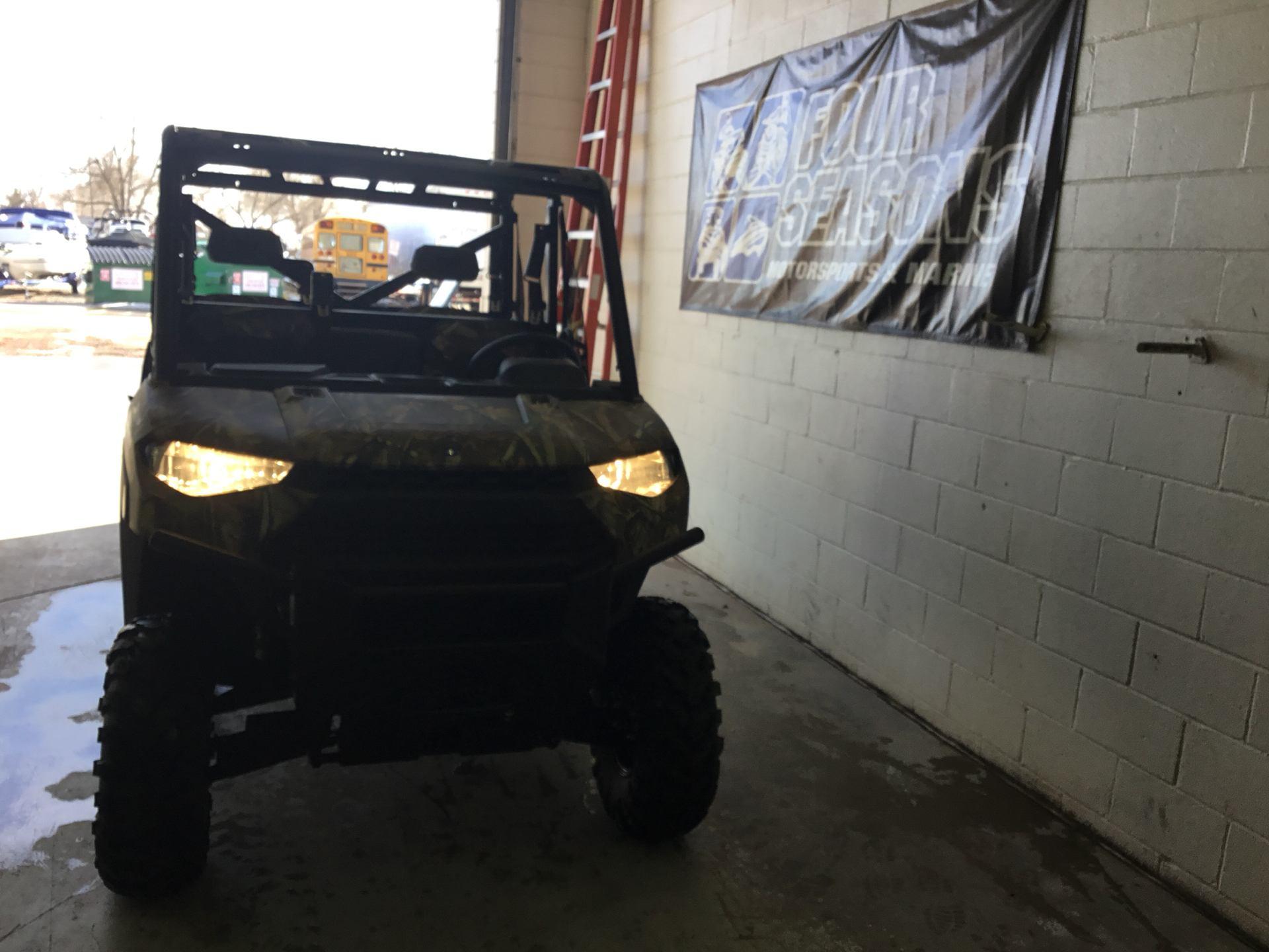 2019 Polaris Ranger Crew XP 1000 EPS Premium 1