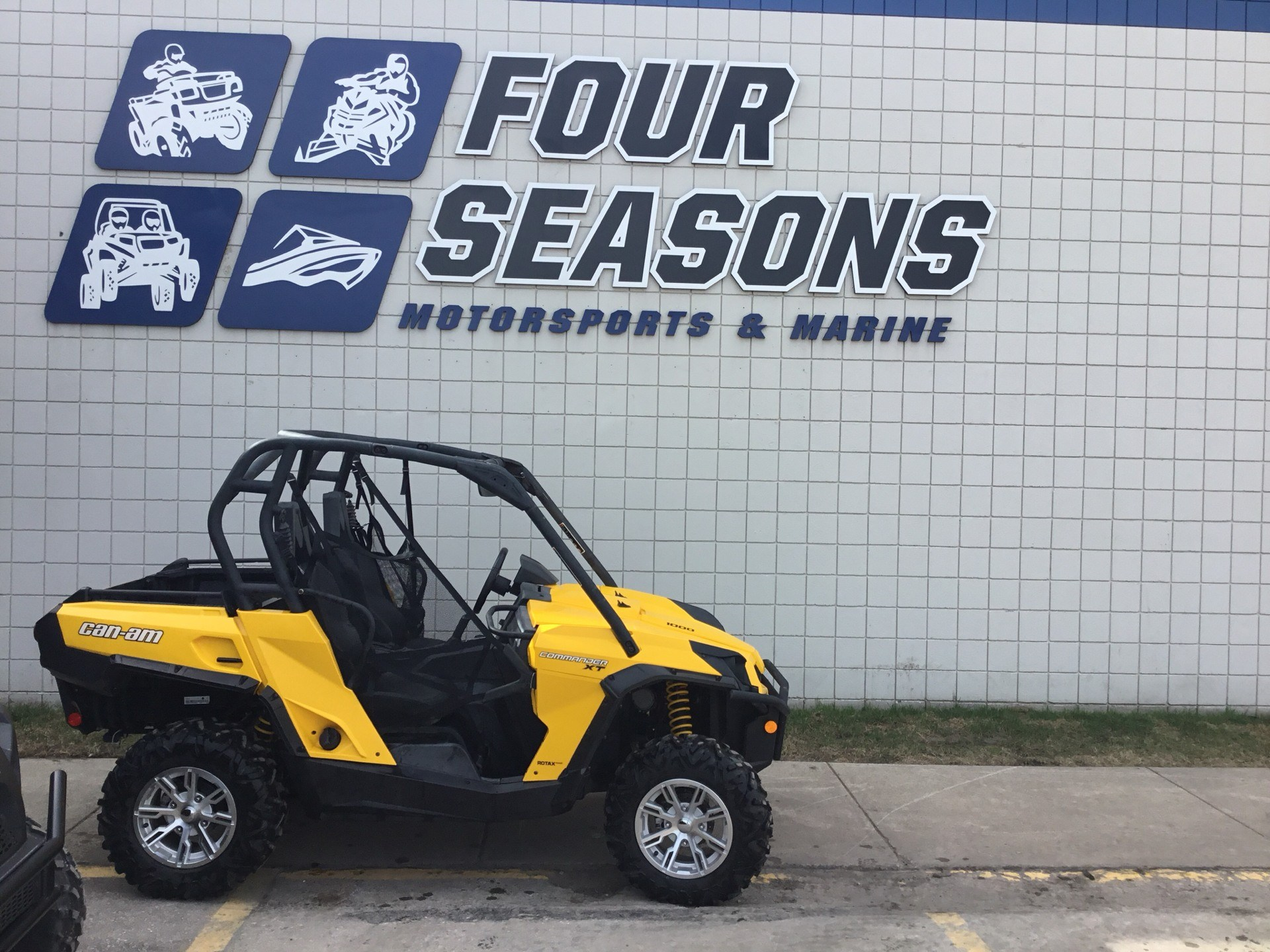 2014 Can-Am Commander™ XT™ 1000 in Rapid City, South Dakota - Photo 1