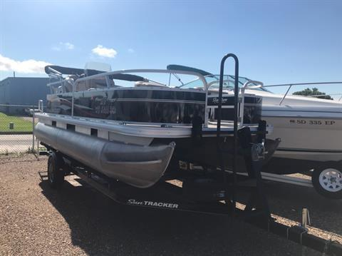 2015 Sun Tracker Bass Buggy 18 DLX in Rapid City, South Dakota
