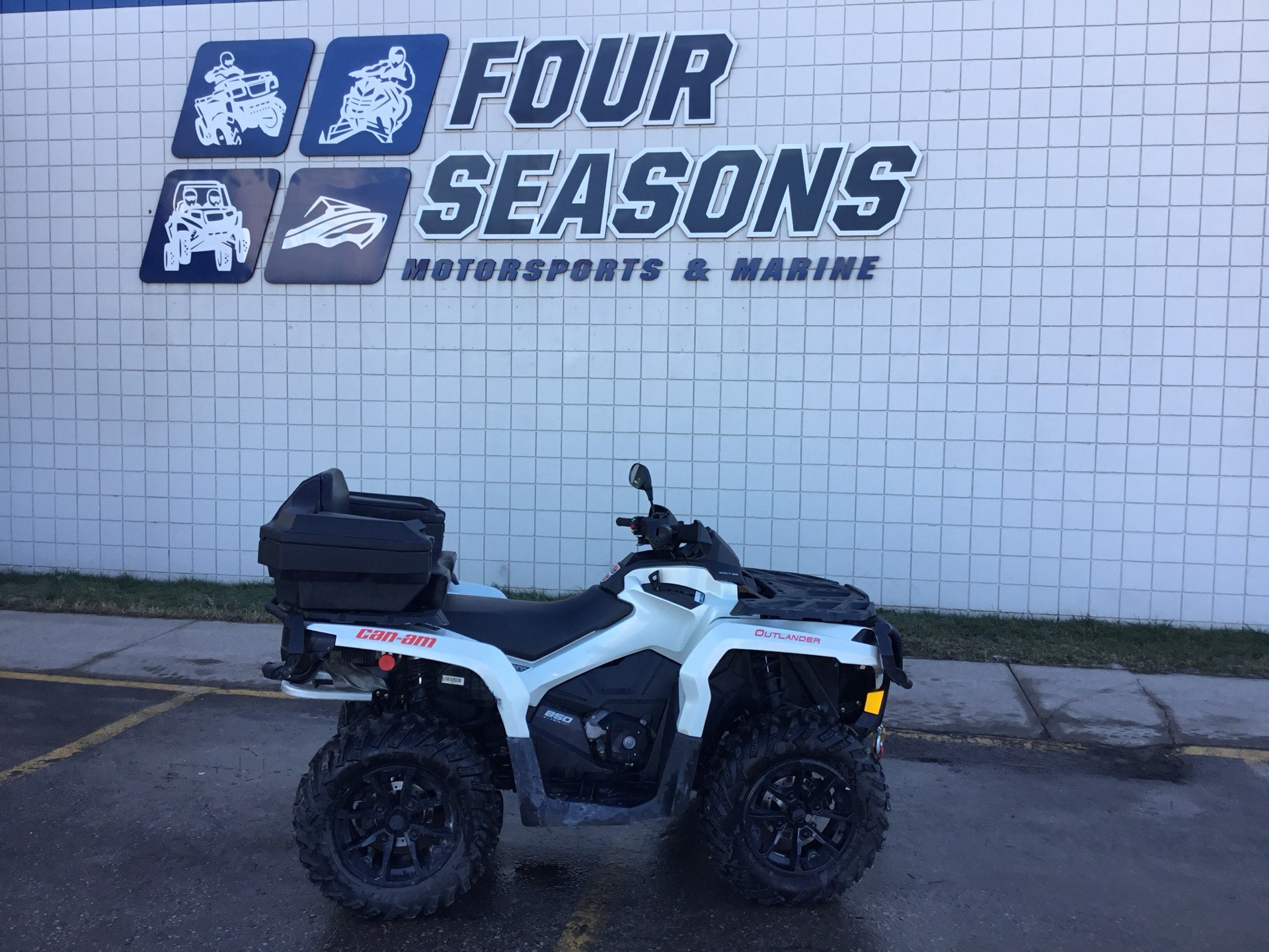 2017 Can-Am Outlander XT 850 in Rapid City, South Dakota - Photo 1