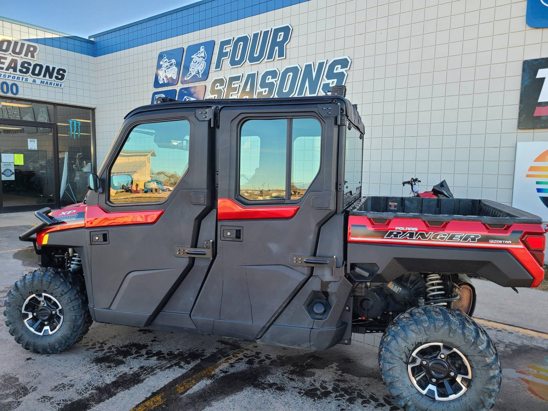 2019 Polaris Ranger Crew XP 1000 EPS Northstar HVAC Edition in Rapid City, South Dakota - Photo 1