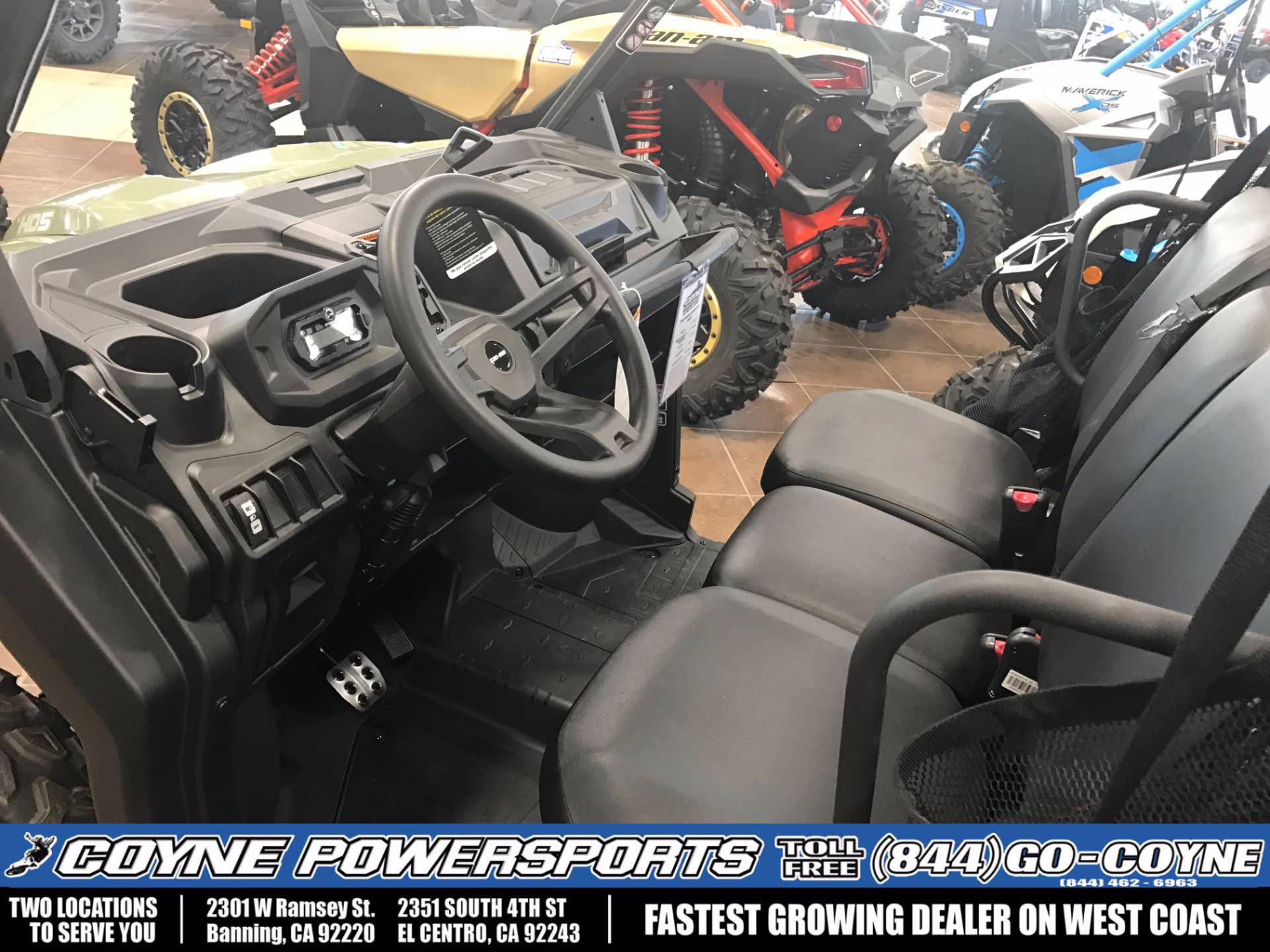 2017 Can-Am Defender DPS HD5 in Banning, California