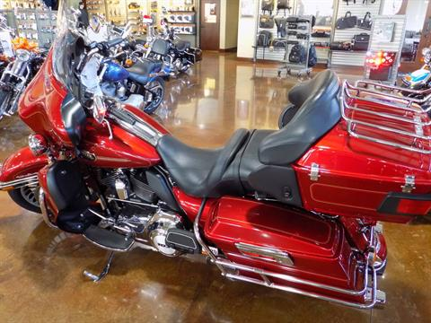 2012 Harley-Davidson FLHTCU in Winchester, Virginia - Photo 1