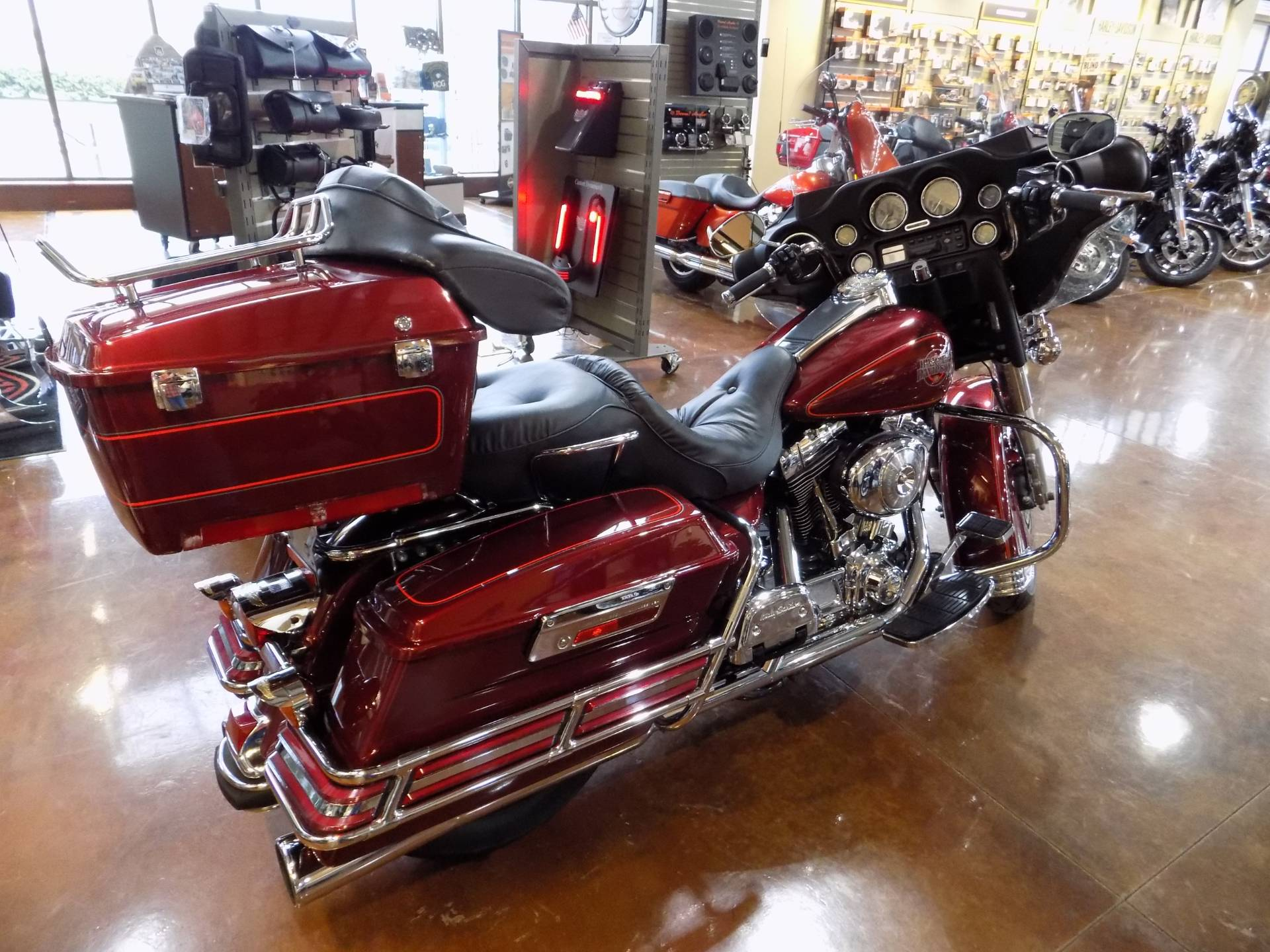 2001 Harley-Davidson ELECTRA GLIDE in Winchester, Virginia - Photo 2