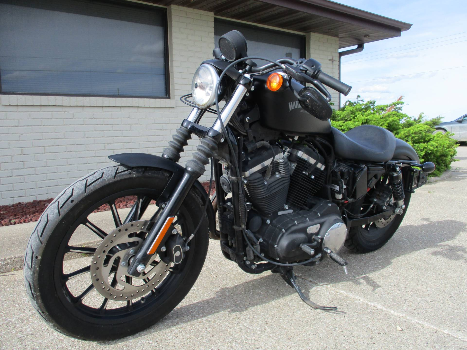 2015 Harley-Davidson Iron 883™ in Winterset, Iowa - Photo 4