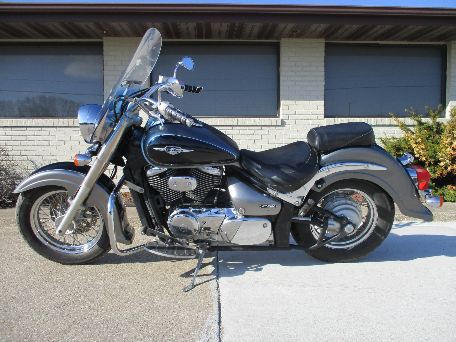 2005 Suzuki Boulevard C50 in Winterset, Iowa - Photo 2