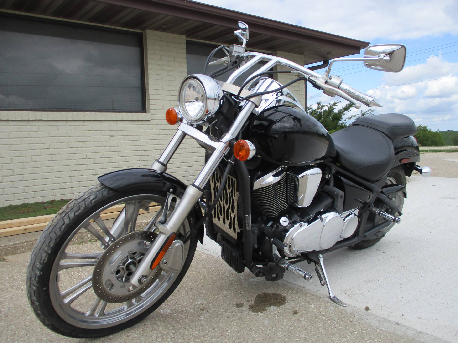 2008 Kawasaki Vulcan® 900 Custom in Winterset, Iowa - Photo 4