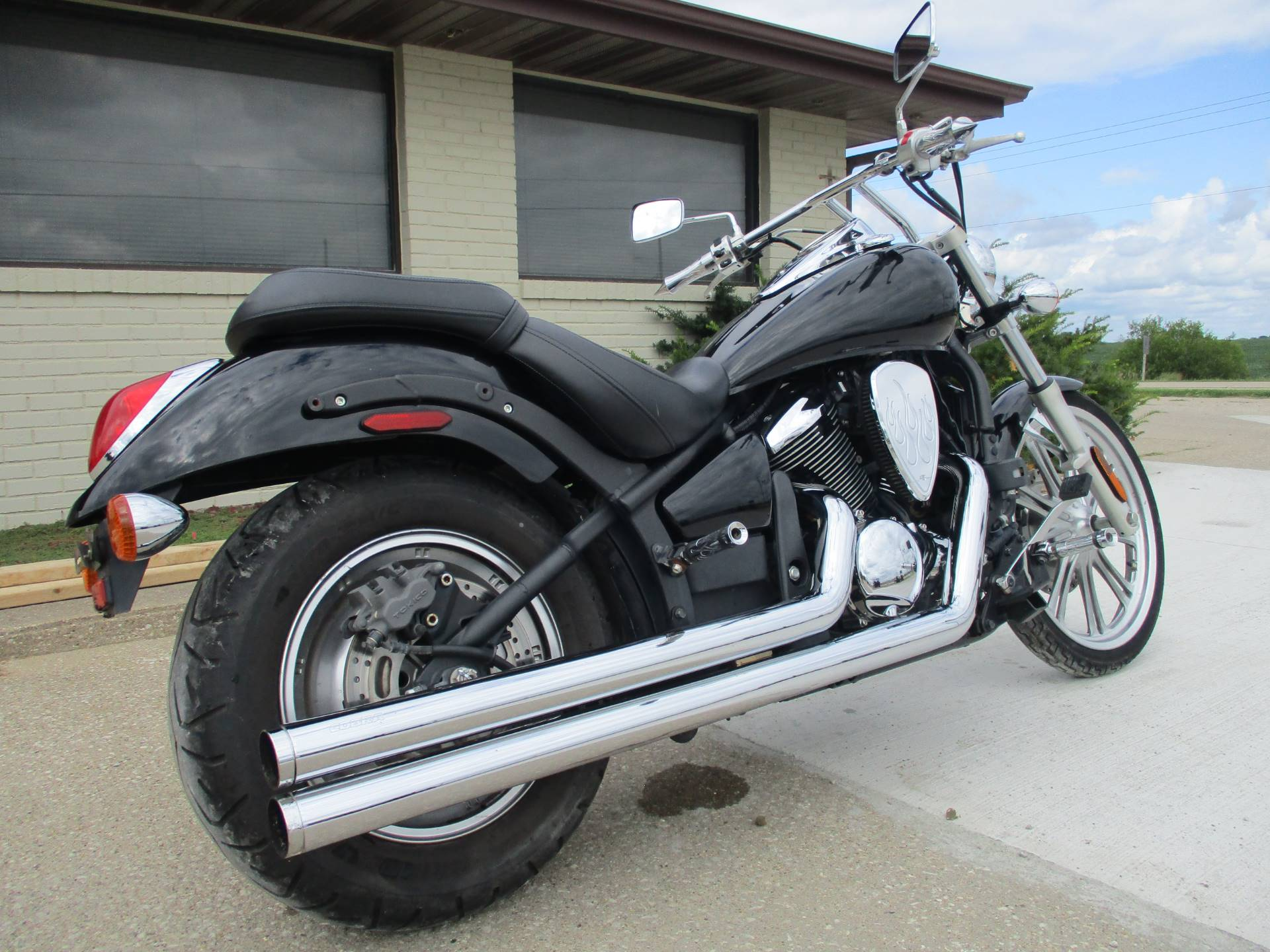 2008 Kawasaki Vulcan® 900 Custom in Winterset, Iowa - Photo 5