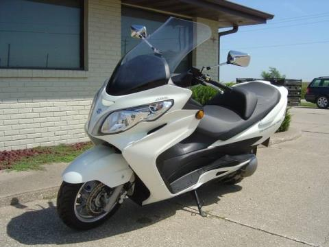 2011 Suzuki Burgman™ 400 ABS in Winterset, Iowa