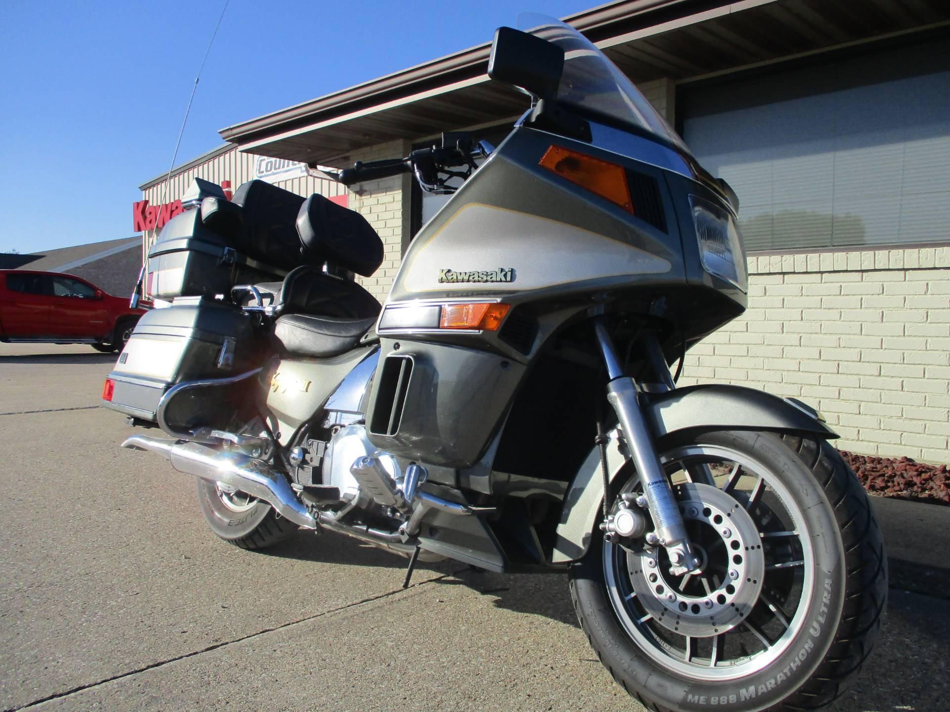 2003 Kawasaki Voyager XII 3