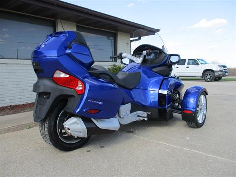 2013 Can-Am Spyder® RT SE5 in Winterset, Iowa