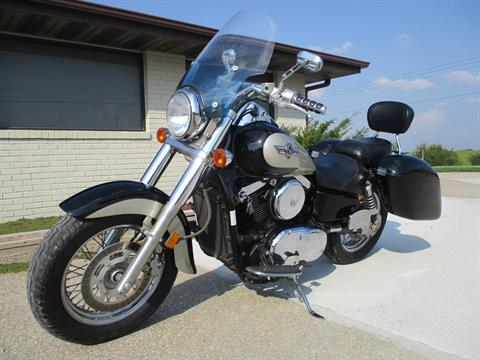 2001 Kawasaki Vulcan 1500 Classic in Winterset, Iowa - Photo 4