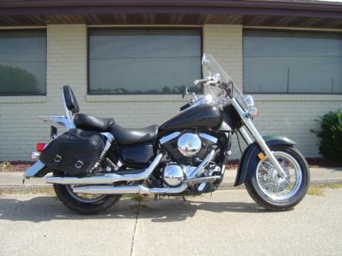 2002 Kawasaki Vulcan™ 1500 Classic in Winterset, Iowa