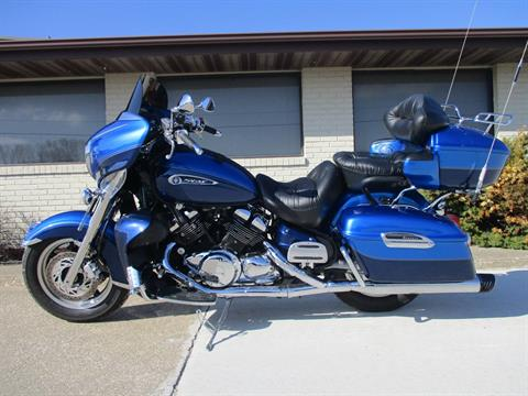 2011 Yamaha Royal Star Venture S in Winterset, Iowa - Photo 2